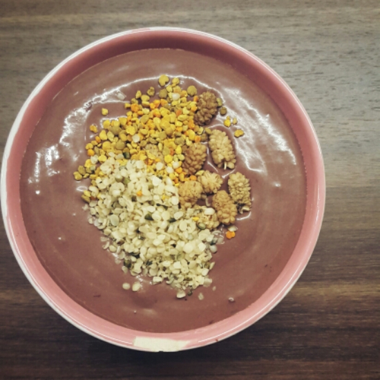 Cherry-choco smoothiebowl